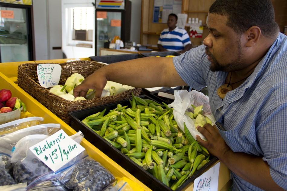 JML Buying Cymlings in Mississippi at an HBCU Sponsored Farmer's Market