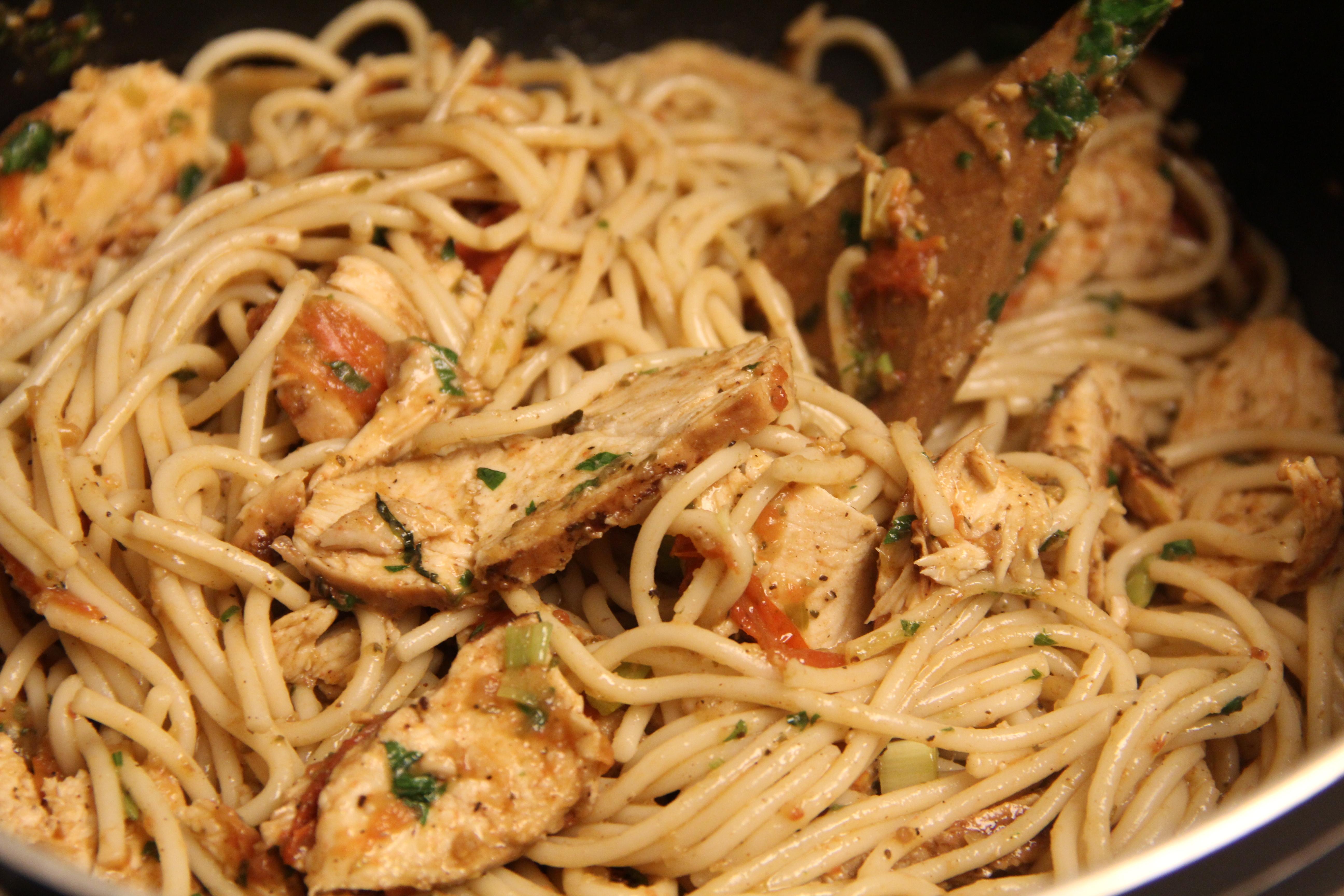 Jerk chicken spaghetti afroculinaria jamaican pasta forumfinder Choice Image